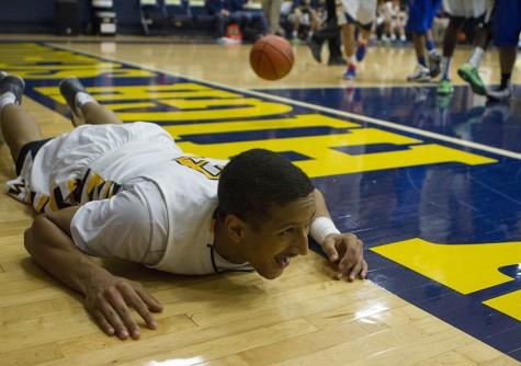MHS vs Lakeview Centennial Basketball