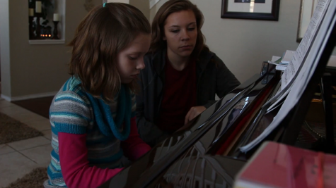 Alex Cobb teaches piano lessons for kids