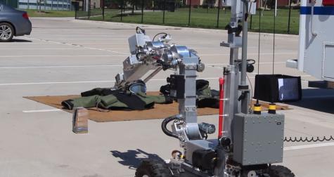 Plano Bomb Squad Robot