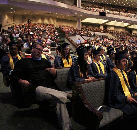 Fixed_2016_Lion_Graduation_20160603_1706