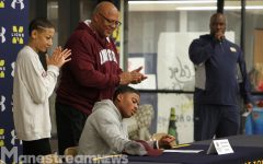 PHOTOS: Nine athletes sign letters of intent